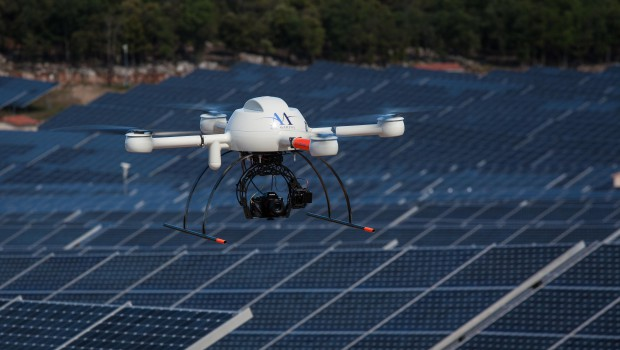 Drones : Air Marine inspecte les centrales solaires d'Akuo Energy